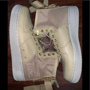 Nike Air Force 1 size 9.5 men